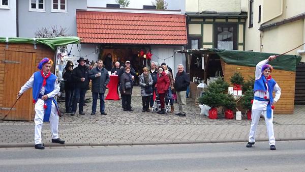 Läufer platzen auf Scherers Weihnachts-Hoffest